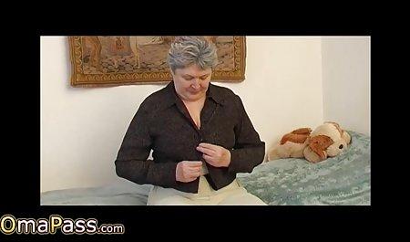 Cantik cewek video bokep hijab smp seksi di stoking hitam masturbasi